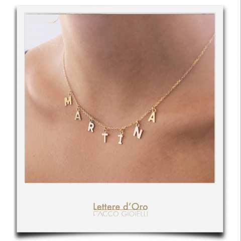 Collana girocollo oro 9K con 7 lettere pendenti