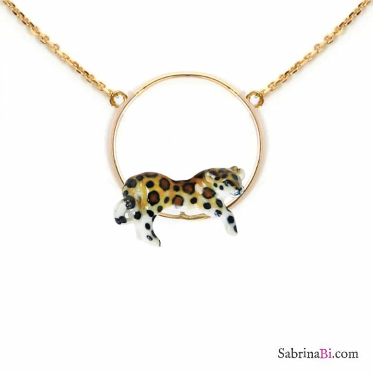 Collana oro ciondolo Leopardo sdraiato porcellana