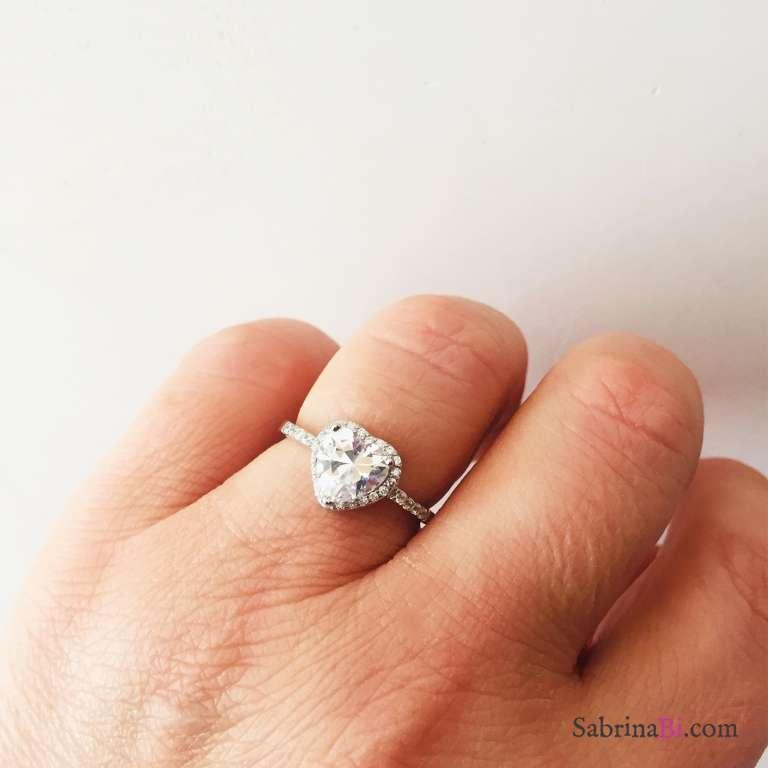 Anello Solitario regolabile argento 925 Zircone cuore cornice Zirconi