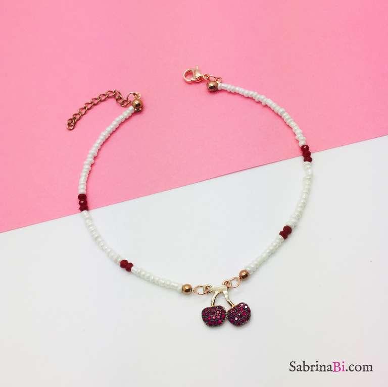 Cavigliera micro perline bianche e rosse e ciliegie